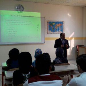 Dr. samir salah discusses 4th year graduation projects