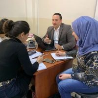 لقاء مع الطلبة حول مشاريع التخرج