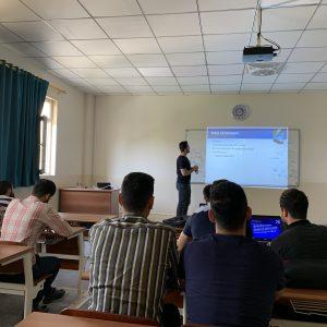 The fourth stage present seminars
