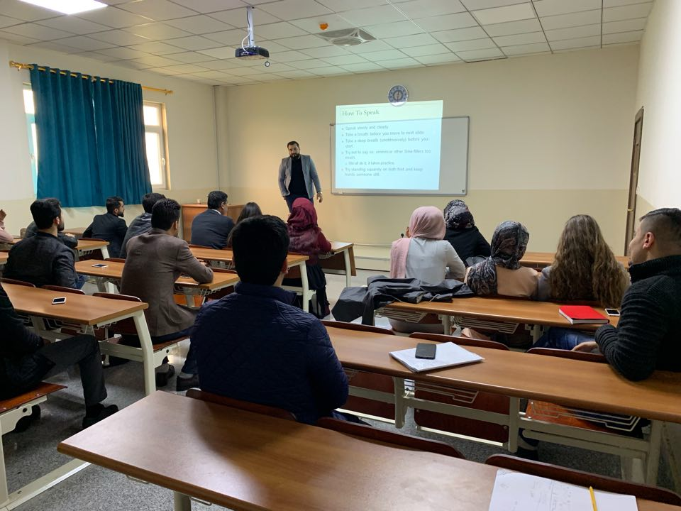 Seminar For Students Of The Fourth Stage To Prepare Their Graduation Projects