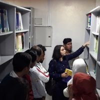 A scientific visit for 1st level students to the university library