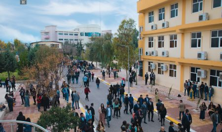 وێنهى دهرچوونی قوتابیانی قۆناغه كۆتاییهكانی زانكۆی جیهان – ههولێر …(2018-2019)