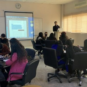The effectiveness of listening and writing English skills on students in accounting department